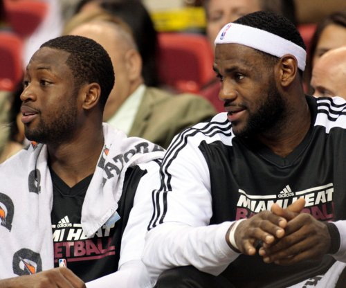 LeBron James comments on possible Miami Heat, Dwyane Wade playoff matchup