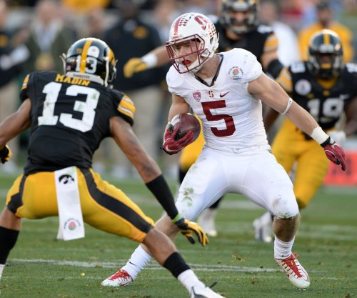 Stanford Cardinals RB Christian McCaffrey to skip bowl, focus on draft