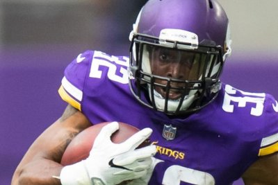 Vikings running back Roc Thomas suspended by NFL for marijuana possession