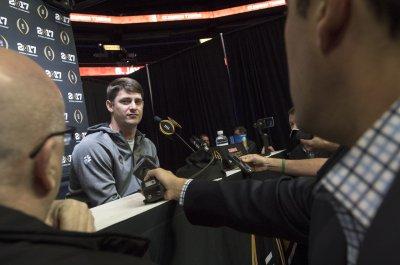 South Florida hires Clemson co-offensive coordinator Jeff Scott as football coach