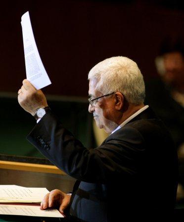 Palestinians apply for U.N. membership