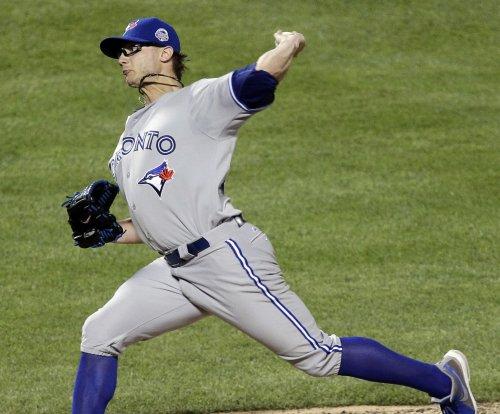 David Price, Brett Cecil pitch Toronto Blue Jays past New York Yankees