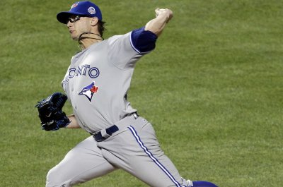 David Price, Brett Cecil pitch Toronto Blue Jays past New York Yankees