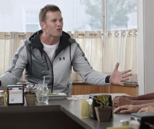 Watch New England Patriots QB Tom Brady mock Deflategate in new Foot Locker ad