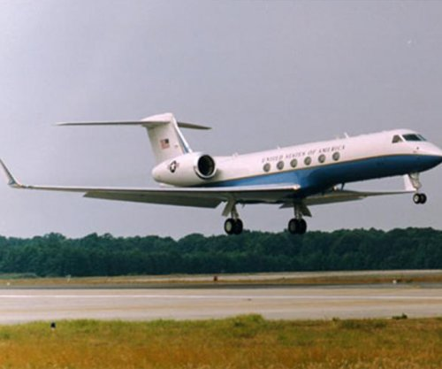 Pentagon awards contract to Gulfstream for service on C-20, C-37