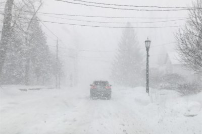 Winter whiteout in upstate N.Y. as lake-effect snow unleashes blizzard conditions
