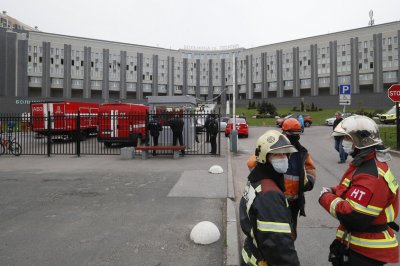 Fire linked to ventilators kills 5 COVID-19 patients at Russia hospital