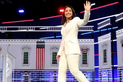 Tulsi Gabbard criticized for Title IX bill that excludes trans people