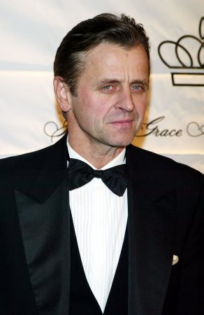 Baryshnikov, Laguna to start tour in Calif