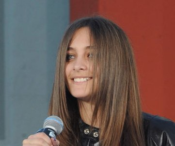 Michael Jackson's daughter Paris reveals she's in AA