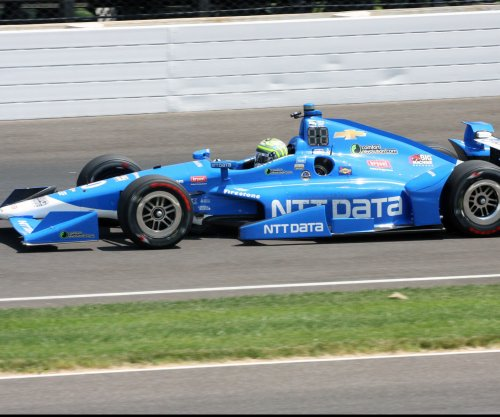 Tony Kanaan records top speed in Indy 500 practice