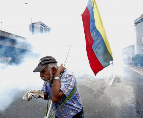 Venezuelan opposition condemns Maduro's call for new constitution