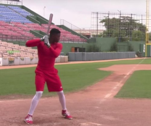 Chicago White Sox ink top Cuban prospect for $25M