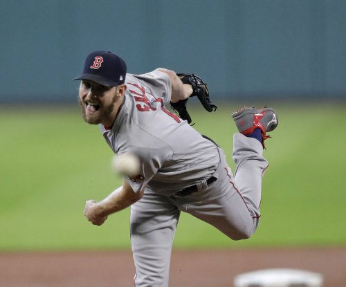 White-hot Red Sox look to keep struggling O's down