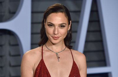 Gal Gadot to voice Wonder Woman in 'Lego Movie 2'