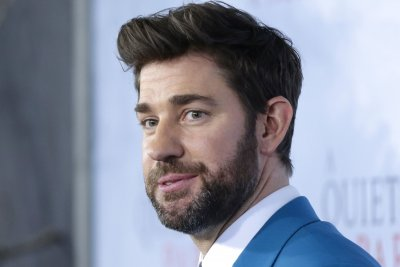 John Krasinski thanks fans on 'SGN,' says series going on break