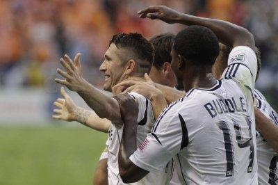 Robbie Keane takes home MLS MVP award
