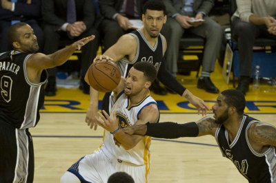 Golden State Warriors get 70th win; might rest players in pursuing wins record