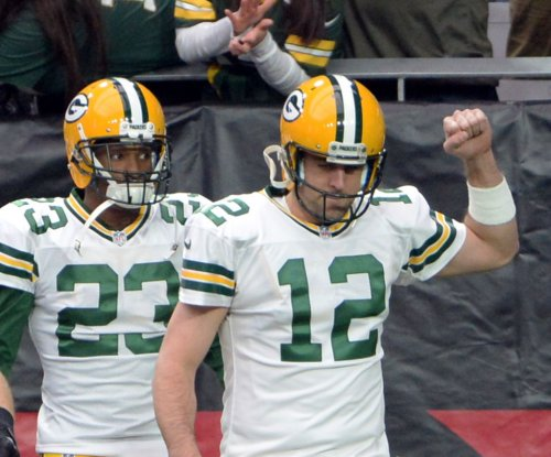 Green Bay Packers QB Aaron Rodgers answers critics for at least one week