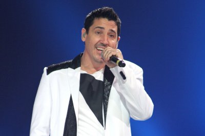 New Kid Jonathan Knight engaged to longtime love Harley Rodriguez