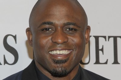 Wayne Brady joins the cast of Chicago's 'Hamilton' as Aaron Burr