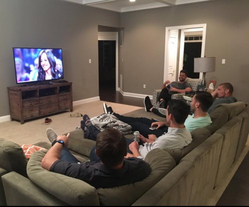 Baltimore Ravens have 'Bachelorette' watch party