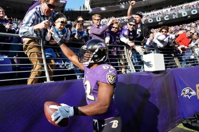 TE Benjamin Watson pleased to be back with New Orleans Saints