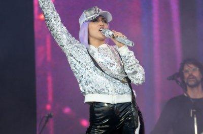 Miley Cyrus performs as 'Black Mirror' character at Glastonbury