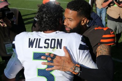 Russell Wilson leads Seahawks comeback win over Browns