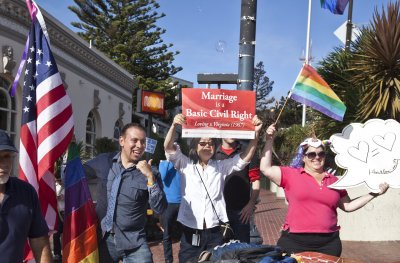 Calif. to once again allow same-sex marriages