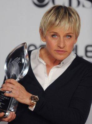 Ellen replacing Paula as 'Idol' judge