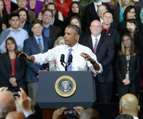 President Obama pushes cut in FHA mortgage costs in Phoenix
