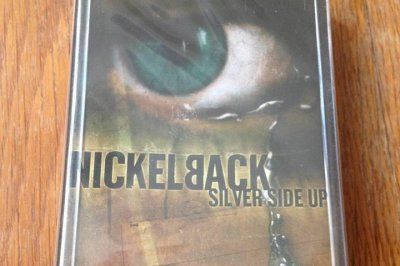 Canadian police threaten drunk drivers with Nickelback