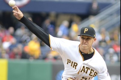 Reeling Pirates seek recovery vs. Cardinals