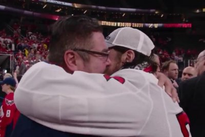Capitals share more footage of Oshie's emotional hug with dad