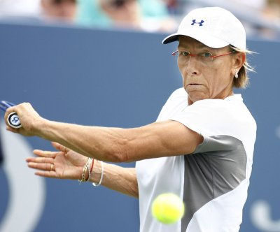 Martina Navratilova: Transgender athletes in women's sports is 'insane'