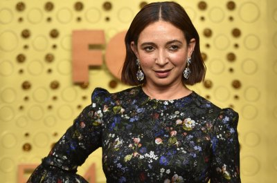Maya Rudolph to guest host 'SNL' on March 27
