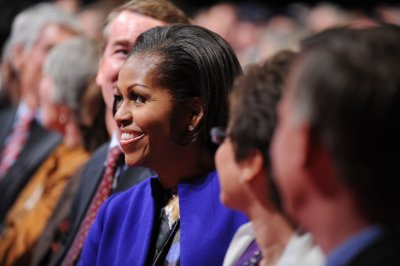 Michelle Obama to fundraise with the stars