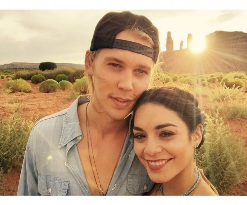 Vanessa Hudgens, boyfriend Austin Butler cozy up in new photo