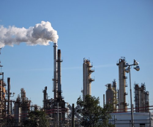 Exxon expands Texas refinery for lighter crude