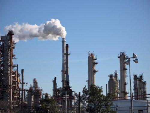 Exxon expands Texas refinery for lighter crude