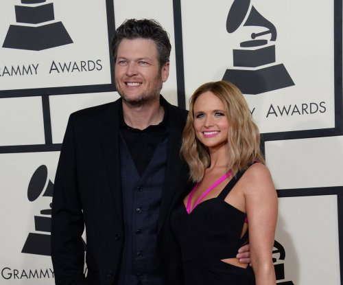 Blake Shelton says CMAs will be 'awkward' with Miranda Lambert