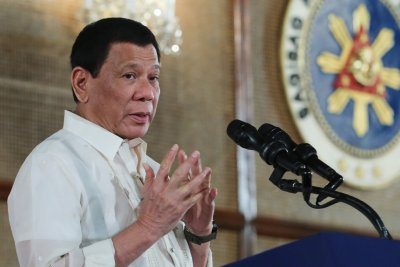 Philippine's Duterte opens ASEAN Summit with anti-drug message