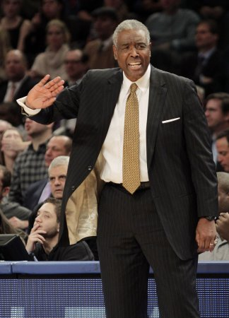 Paul Silas out as Bobcats' coach