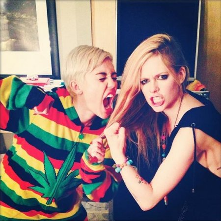 Miley Cyrus and Avril Lavigne fight over 'most famous person in Canada' title