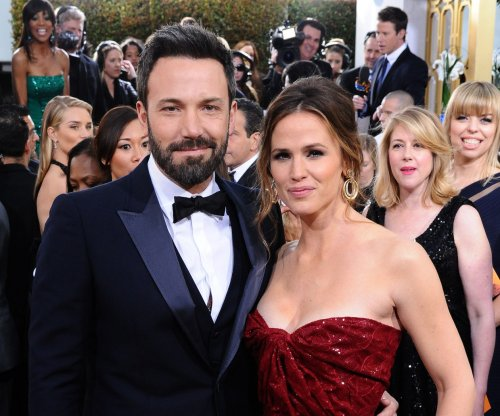 Ben Affleck back with wife Jennifer Garner after solo trip