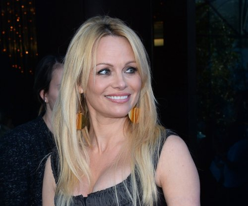 Pamela Anderson to address ecology, animal rights at Russian forum