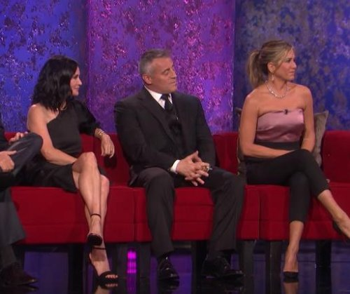 'Friends' stars reunite in promo for NBC special