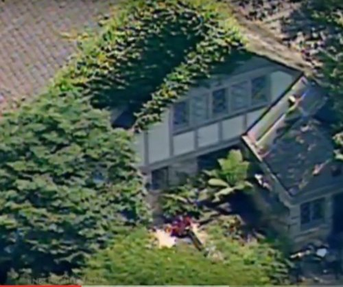 LAPD testing knife found on O.J. Simpson's L.A. property; construction owner suspects hoax