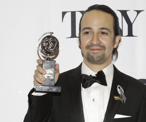 'Hamilton' storms the Tonys, wins 11 statuettes